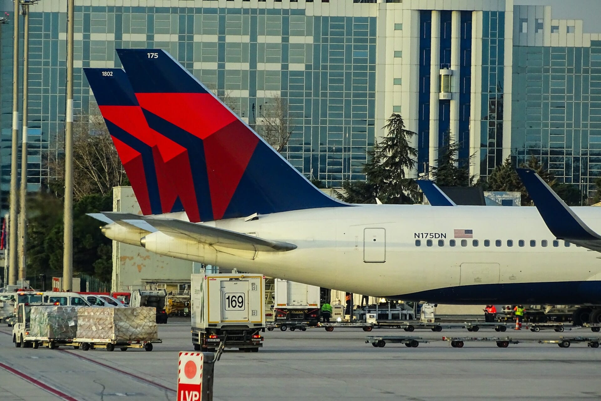 Latam ditches american and oneworld for a date with delta